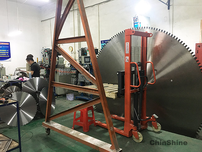 2000mm large diamond saw blade welding
